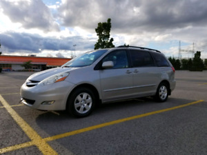 2006 Toyota Sienna LE 156 000km