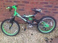 Boys bike aged 7+