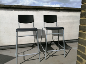 2 Bar Pub Height Chairs Stools