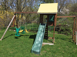 Play Structure/Swing Set