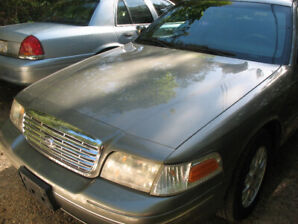 ford crown vic 03
