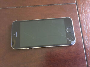 FACTORY UNLOCKED 32 GB IPHONE 5S - $190!!!