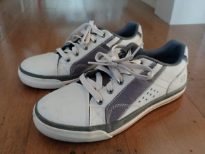 Boys sketchers shoes size 5 new