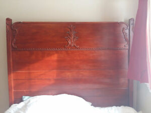 Reduced!!!     Antique Mahogany bedroom set