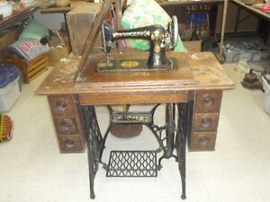 Antique Singer Sewing Machine 125.00 OBO