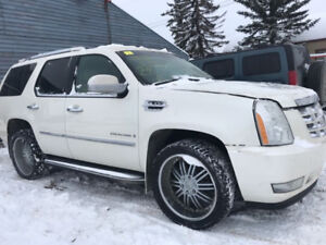 2008 CADILLAC ESCALADE for parts