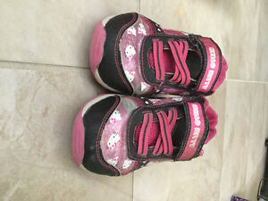 Free size 11-12 girls shoes