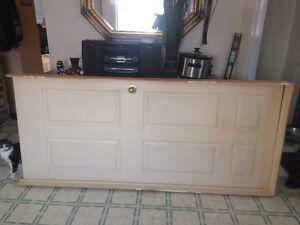 door ,door frame with door handle