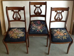 2 Antique dining chairs. Excellent condition