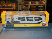 Diecast M2 Machines 1970 Ford Torino GT Hauler Black