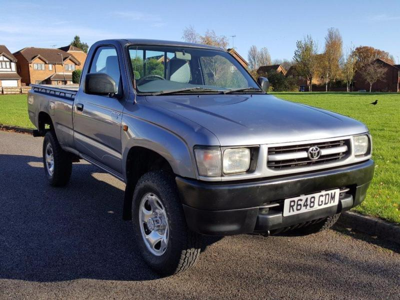1998 toyota hilux 2 4td pickup 4wd in yardley west midlands