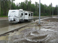 24 ft and 27 ft Travel Trailers for RENT