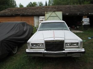 85 lincoln town car for parts