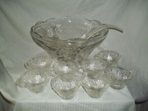 Punch Bowl & 8 Cups
