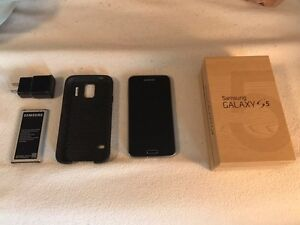 Samsung Galaxy S5 16G Bell Black Kitchener / Waterloo Kitchener Area image 1