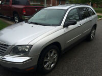 2005 Loaded Pacifica AWD in Excellent Condition