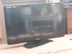 40 inch Phillip's TV for sale