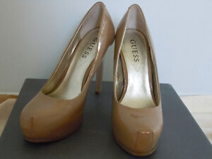 Size 51/2 GUESS BEIGE PATENT LEATHER SHOES-PROM