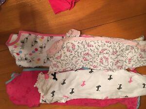 Lot vêtements pour fille 9 mois Saguenay Saguenay-Lac-Saint-Jean image 6