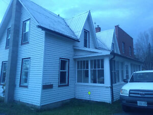 LOOK NEW PRICE!!! Handyman special, house with apartments