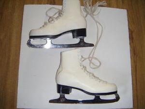 Girls Figure skates for sale