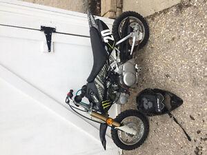 2003 Honda crf 50 / riding gear
