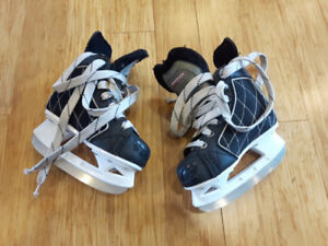 Boys Hockey Skates Size Y11