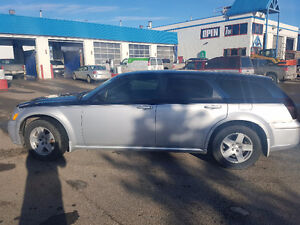 2005 Dodge Magnum 3.5L Wagon two tone blue/silver Price Reduced