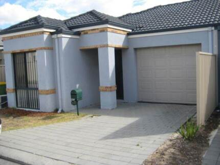 EMPTY house -  looking 4 flatmate who comes w/ some furniture! Karawara South Perth Area Preview