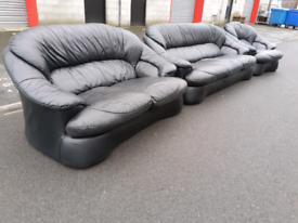 Black Leather 2&3 Seater Sofas and Chair