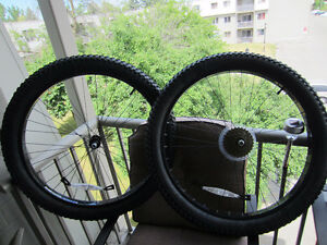 "NEW26""X2.80 Oversized Complete Wheel Set 18 speed 6061 Alloy$60"