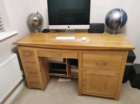 Oak desk & book shelf