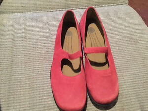 Rockport Mary Janes - Brand New - Size 8