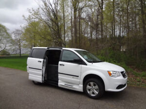 Side Entry Wheelchair Accessible Minivan