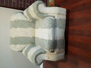 Used couch single/double/sofa bed triple