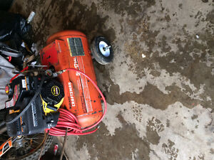 Gas air compressor 17 gal with with 118cc champion