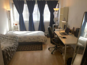 $695 EXCELLENT STUDIO/BACHELOR - 5 MIN FROM MCGILL