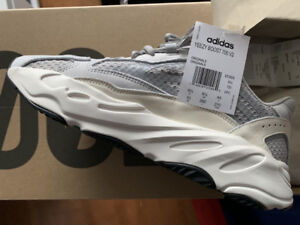 DS Adidas Yeezy Boost 700 V2 Static size 10