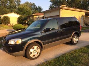 2007 Pontiac Montana SV6 Minivan, Van