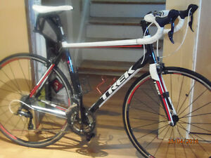 ROAD BIKE FOR SALE GREAT CONDITION