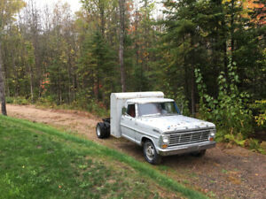 1967 F-350 Ford Camper Special