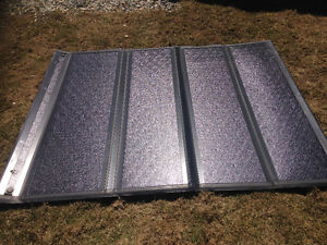 Solid folding in-rail tonneau cover off a 2014 f150 with6.5 ft