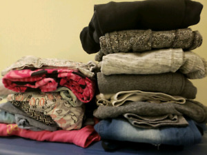 70+ Item Women's/Young Adult/Teen CLOTHING LOT!  Great Deal!