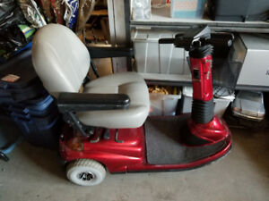 Celebrity Electric Scooter - Mint Condition!