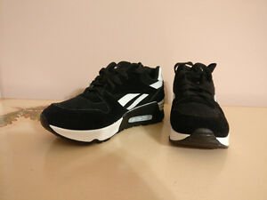 New black and white platform sneakers (size 7)