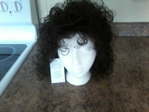 brand new tag atatched with box long curly size average wig