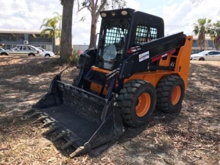 Cougar 1000 Skid Steer Loader, with 100 Horse Power Kubota engine