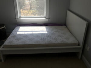 almost new double bedframe and matress