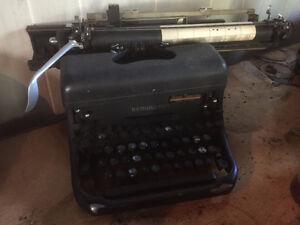 Remington Rand desk top typewritter