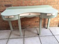 Vintage dressing style table
